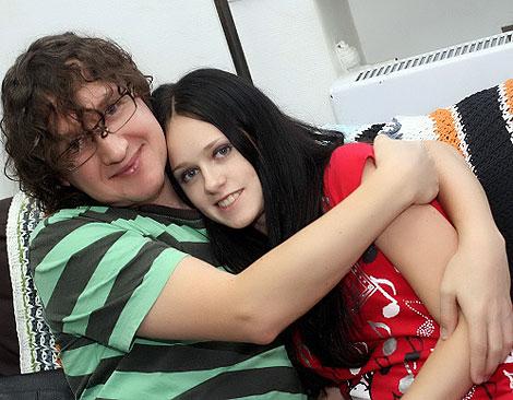 Сергей Мильниченко и Наташа Щелкова счастливы вместе. Фото: Владимир СОКОЛОВ.