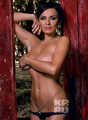 Как призналась секс-дива, ей очень нравится сниматься для Maxim. Фото: Михаил Королев (предоставлено журналом Maxim).