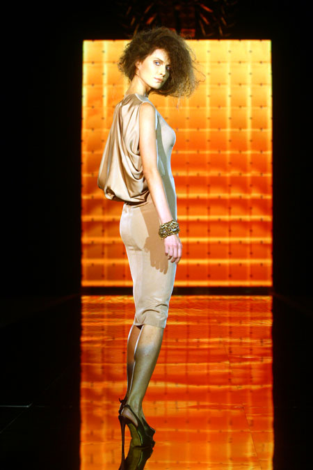 Ольга Громова делает ставку на дорогую элегантность.