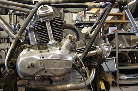 Мотор Ducati 1974 года объемом 750 куб. см.