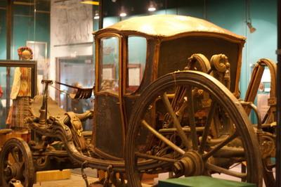 Карета екатерининских времен украшает «транспортную» коллекцию музея.