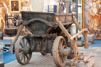 Любимый экспонат Виктора Ющенко – чумацкий воз середины XVIII века.