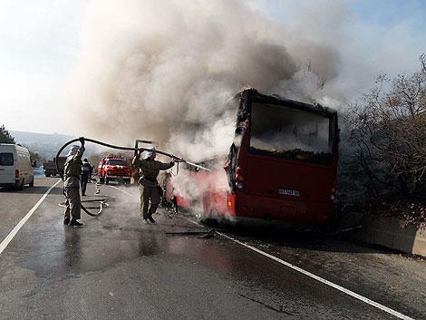 15 автобусов не выйдут на маршруты Хабаровска из-за пожара.
