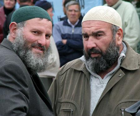 Ваххабитов в Крыму узнать очень просто - по окладистым бородам, носить которые предписывает ислам.