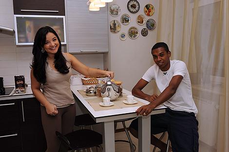 Фернандиньо и его супруге Глаусии на кухне скоро станет тесно. В марте ждут пополнения семейства!