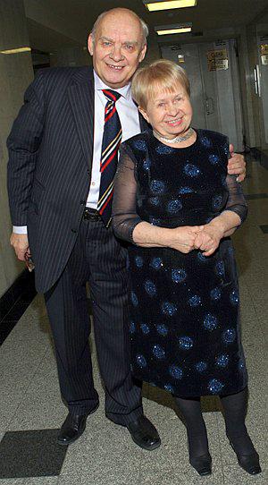 «Буду любить тебя всегда - я не могу иначе...» Союзу Пахмутова - Добронравов уже более полувека! Фото: PHOTOXPRESS.