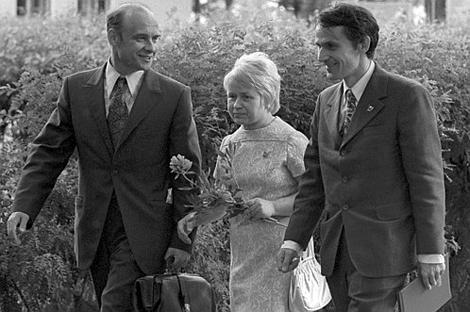 Николай Добронравов, Александра Пахмутова и Игорь Лученок, 1975 год. Фото: РИА «Новости».