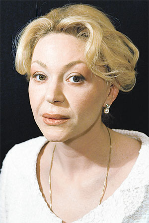 Этой красивой актрисе было только 47 лет. Фото PHOTOXPRESS.