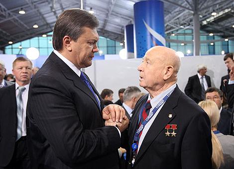 Янукович считает, что партии профессионалов и патриотов должны стать настоящей школой для формирования государственнического класса.