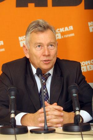 Николай Ламбуцкий уверен: останавливать реконструкцию нет оснований.