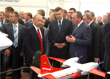 Авиастроение - лишь одна из отраслей, в которых у Украины и России есть общие интересы.