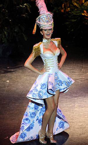 «Мисс Россия-2009» собирается запеть в группе Serebro.