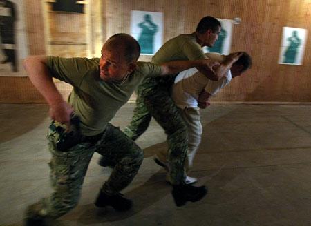 Работа «без проколов» - результат долгих и изнурительных тренировок.