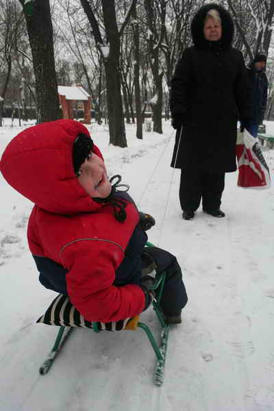 Главное одеться потеплее и никакие морозы не страшны. Фото Максима Люкова.