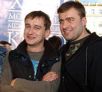 Константин Хабенский и Михаил Пореченков дружат уже более 15 лет. Теперь актеры живут в одной деревне.