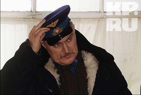 Герой Турчинского провожал и встречал боевые самолёты. Фото: Star Media Pro.