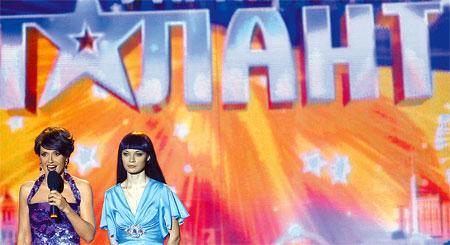 Ведущая Оксана Марченко и победительница шоу Ксения Симонова снова вернутся на экраны.