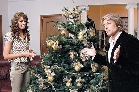 Пока юристы бьются над тем, как развести Оксану с немецким мужем, она уже переехала жить к Николаю...