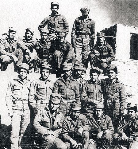 Группа бойцов мусульманского батальона.