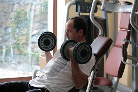 В свои 49 Тигипко в отличной физической форме.