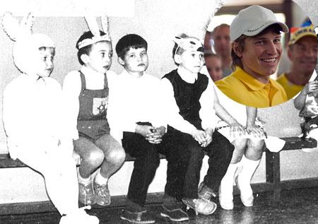 Заяц Руслан (первый слева) просил Деда Мороза подарить ему коньки и мяч.