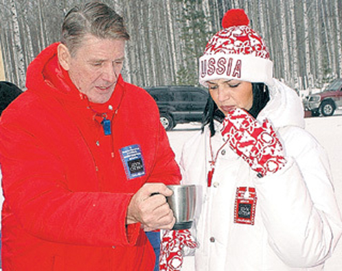 Абдулов с молодой женой на кинофестивале в Ханты-Мансийске. 2006 год. Фото: