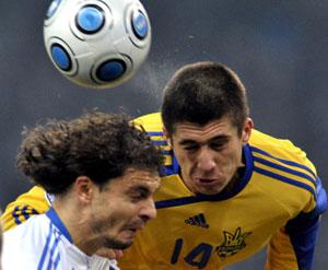 Украине не смог помочь и этнический грек Евгений Хачериди (справа), выступавший за нашу сборную…