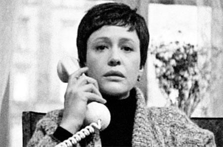 Любовница (Марина Неелова) звонила и дышала в трубку. Не помогло...