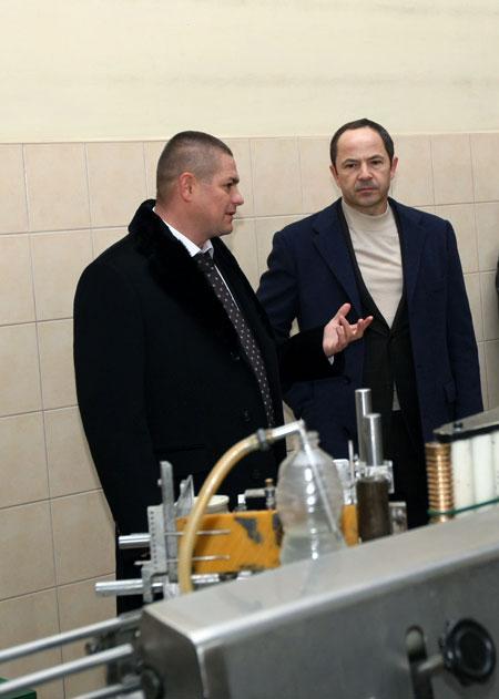 Предприниматель Иван Зализный пожаловался политику на безразличное отношение местных властей к проблемам бизнеса.