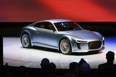Audi E-tron Detroit Showcar.