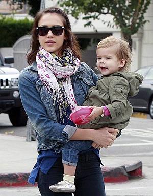 Актриса с дочкой Хонор.