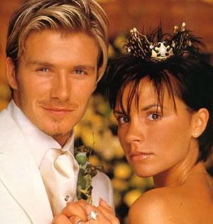 Дэвид Бекхэм и Виктория Адамс считаются одной из самых красивых пар в мире, объединивших футбол и музыку.