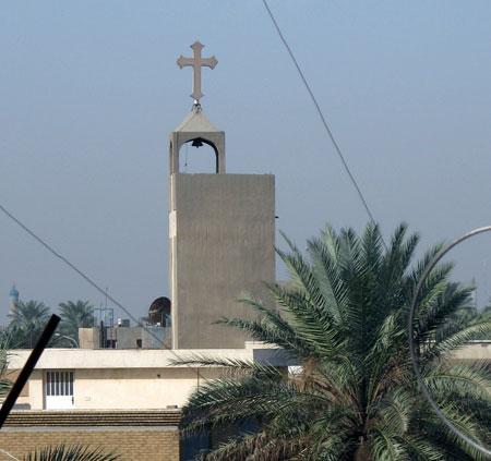 Недалеко от нашего посольства находится православная церковь.