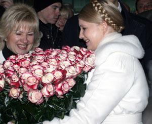 Объединить демократический лагерь в свою поддержку Тимошенко удалось в первый раз именно в столице.