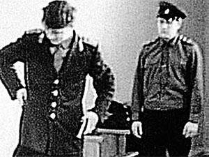 Террорист Виктор Ильин сегодня (фото ниже) и на следственном эксперименте в 69-м.