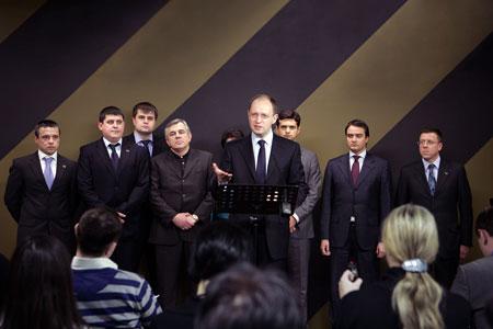 Одной из главных задач лидер «Фронта перемен» считает развитие и расширение партии.