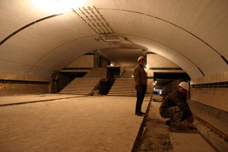На «Васильковской» остались только отделочные работы. Фото Александра ФЕДЧЕНКО.