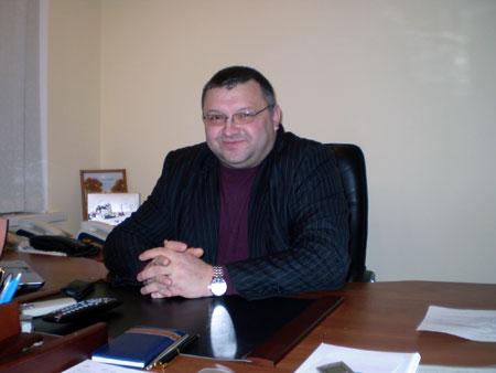 Милицейский генерал Игорь Репешко руководит Государственной миграционной службой пока только на бумаге.