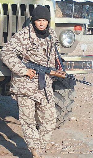 Наде довелось послужить в Ираке - стрелком на БТР.