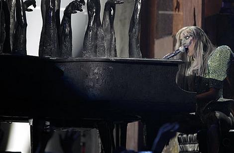 Выступление Леди Гаги. Фото: АП.
