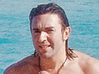 Андрей Малахов, несмотря на прохладную погоду в Штатах, все-таки окунулся в воды океана.