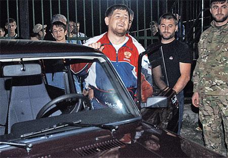Рамзан Кадыров прокатил журналиста «КП» Александра Гамова на «Жигулях» без бензина.
