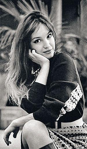 Красавица актриса была любима, знаменита. Кто бы мог подумать, что за год на нее свалится столько бед.