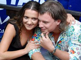 Наталья скрывает свои отношения с Петром.