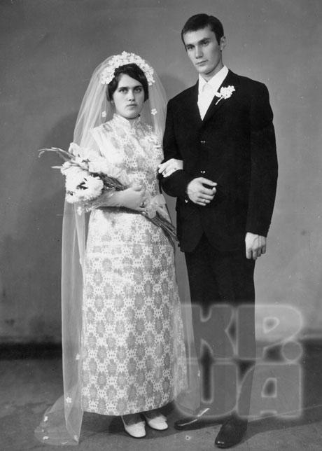 На фото: свадьба Виктора и Людмилы Януковичей. 1971 год.