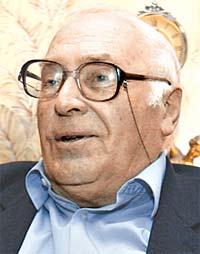 Михаил Криволапов.