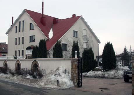 В этом особняке живет мэр Киева.