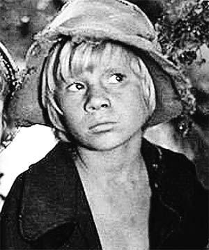 Фото 1981 года. Дебютом для Галкина стала роль Гекльберри Финна в ленте Станислава Говорухина «Приключения Тома Сойера и Гекльберри Финна».