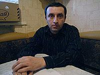 Житель Абхазии Лексо Микай в роковой вечер подвозил Юрия Степанова на своих «Жигули». Фото: Александр БОЙКО .