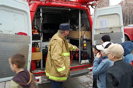 Знание правил пожарной безопасности часто помогают детям в жизни.